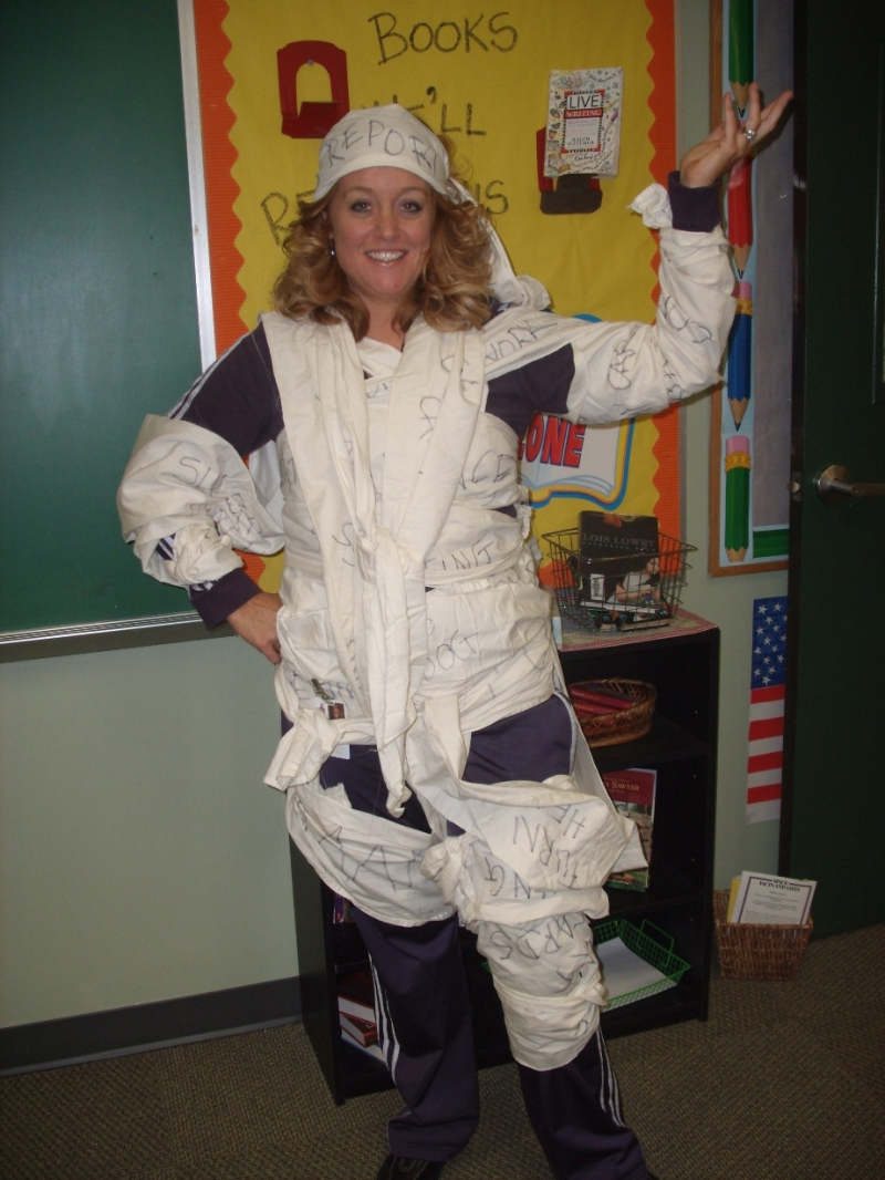 All Wrapped Up - Melanie Beaver - Idiom Costume