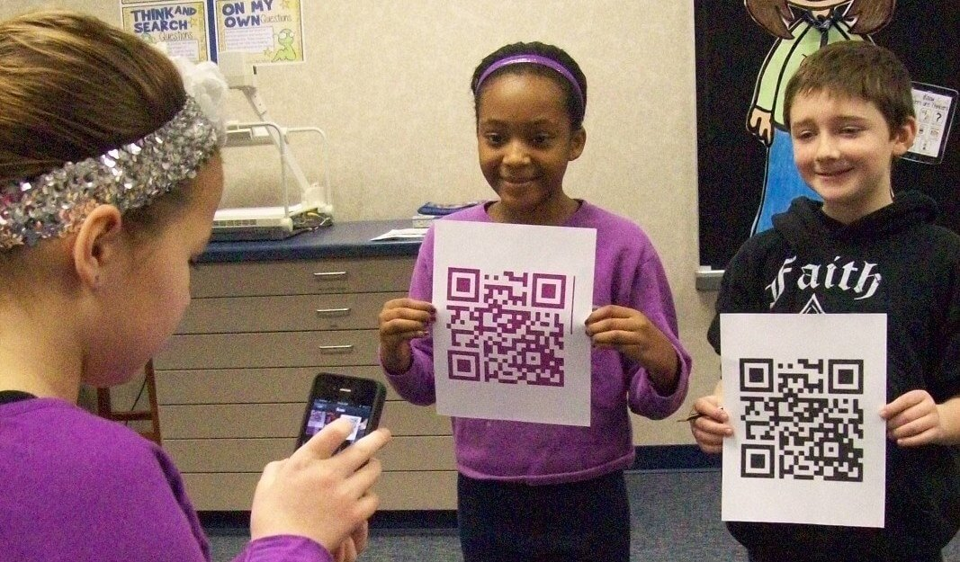 Communicate with QR Codes in the Classroom